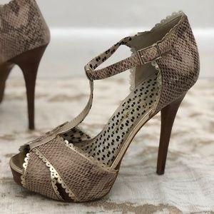 Jessica Simpson Snakeskin Heels Pumps